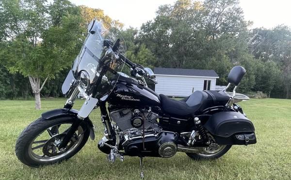 Photo Custom Harley Davidson 2007 Dyna Super Glide - $9,500 (Belt)