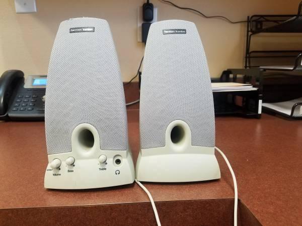 Photo Harman-Kardon Speakers - $19 (Shelby)