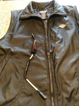 Photo Mens Harley heated vest - $75 (Butte)