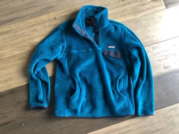 Photo Patagonia Synchilla pullover fleece small - $55 (Bozeman)