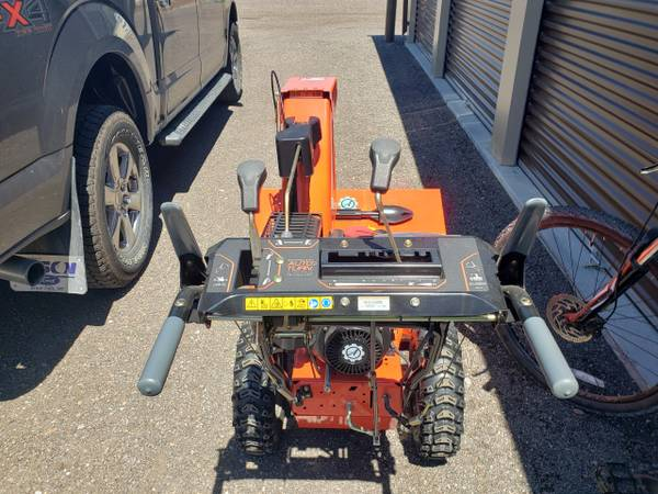Photo Snow Blower Ariens Deluxe 2839 - $700 (Great Falls)