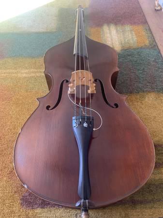 Photo Upright Upton Bass w hard case - $11,999 (Missoula)