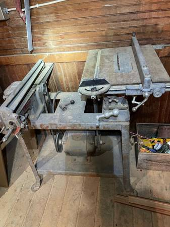 Photo Vintage Rockwell Delta table saw jointer combo - $75 (Vaughn)