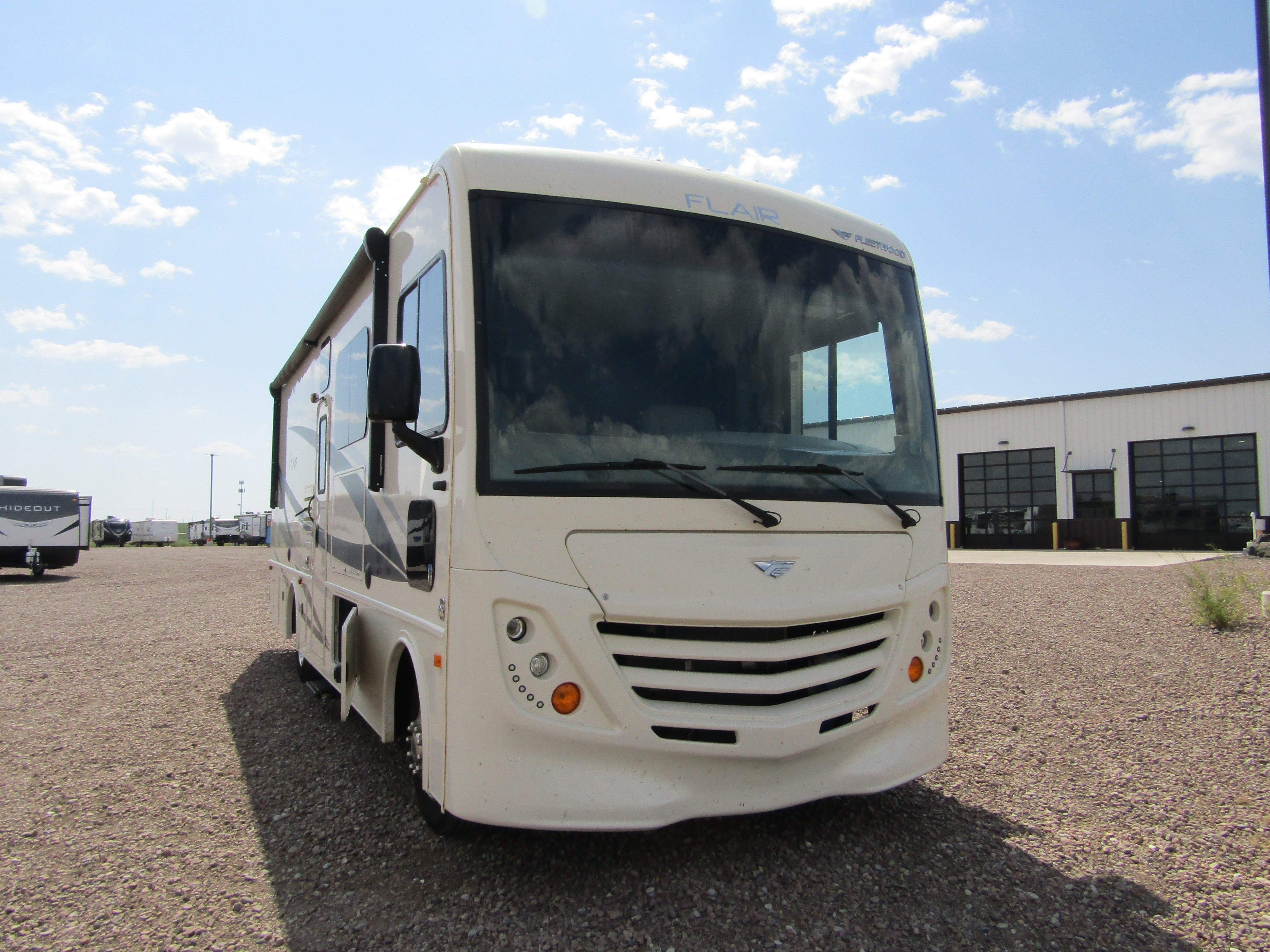 Photo Used 2019 Fleetwood Class A RV  $82142