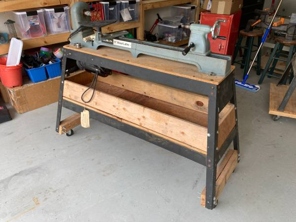 Photo 11in Delta Wood Lathe w Upgraded Motor - $225 (Sister Bay)