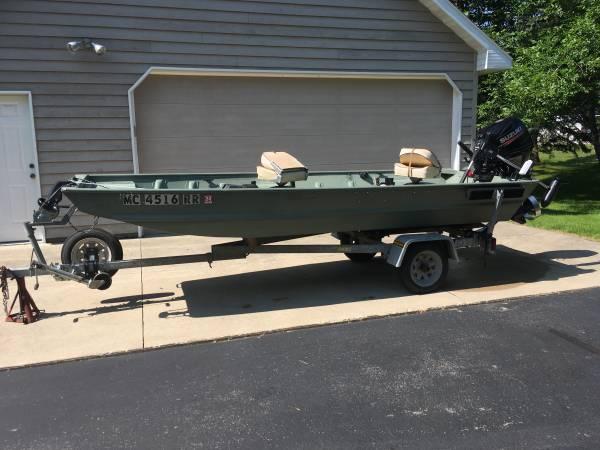 Photo 14 foot John boat with 25 horse motor - $4,995 (Menominee Mi)