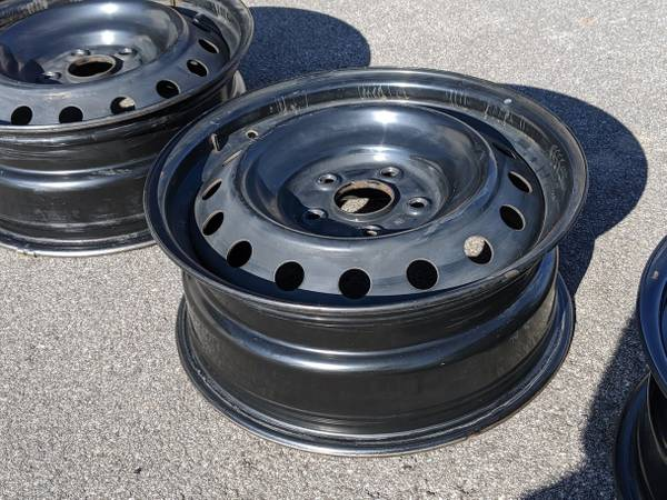 Photo 16 inch Wheels for Toyota, Scion and Lexus - $160 (Green Bay) - $160 (Green Bay)