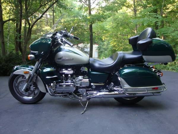 Photo 1999 Honda Valkyrie Interstate - $6,000 (OCONTO FALLS)