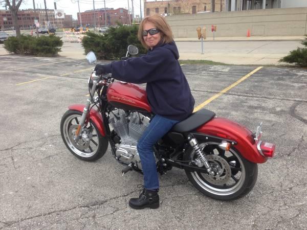 Photo 2013 Harley Davidson hd 883 Superlow - $5,750 (Egg Harbor WI)