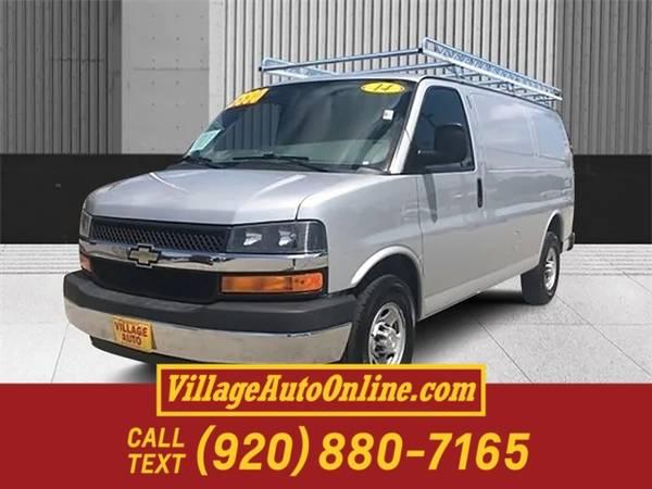 Photo 2014 Chevrolet Express Cargo Van Work Van - $13880 (Green Bay - On 29)