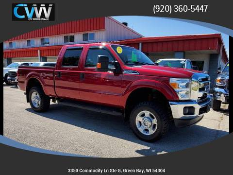 Photo 2016 Ford F-250 Crew Cab XLT 4x4 w 64k Miles - $29,990 (Green Bay)