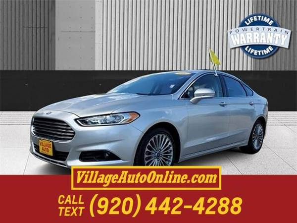 Photo 2016 Ford Fusion Titanium - $12,250 (Green Bay)