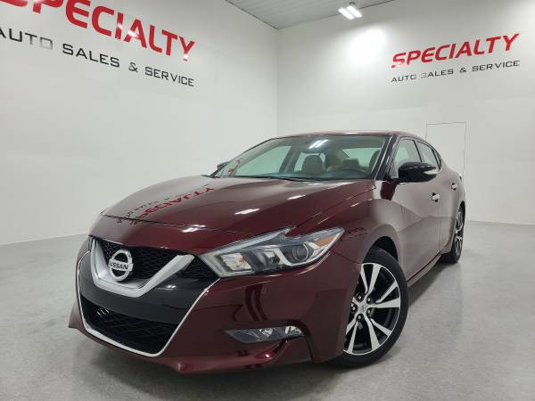 Photo 2017 Nissan Maxima 3.5 SV Nav Heated Seats Backup Cam Remote Start - $14,500 (SPECIALTY AUTO-1 MILE NORTH OF GREEN BAY)