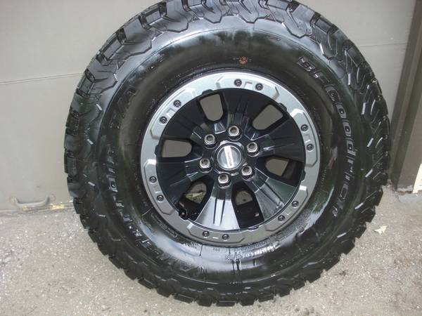 Photo 2019 Ford RAPTOR set of Wheels and Tires - $1500 (Hobart)