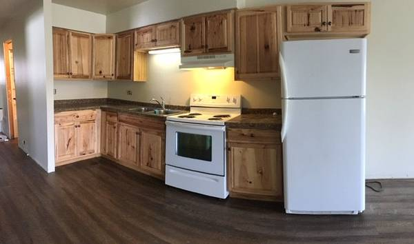 Photo 2 BR Duplex for Rent -Cardinal Ln- Green Bay (Green Bay)