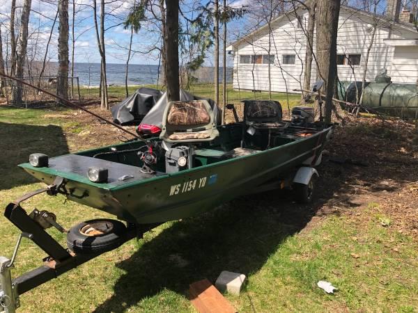 Photo Aluminum Jon boat - $1,200 (Egg Harbor)