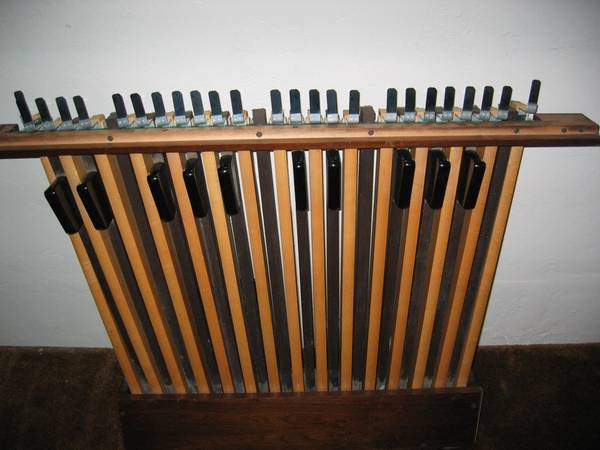 Photo Hammond Electric Organ Foot Pedal Board Vintage Pedals - $120 (Green Bay)