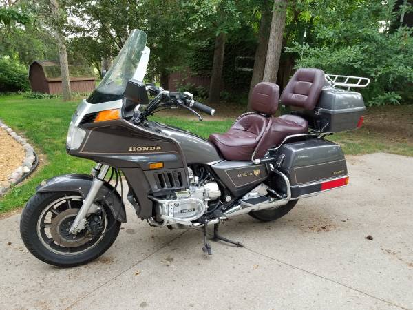Photo Honda Goldwing Interstate - $2,000 (Shawano)