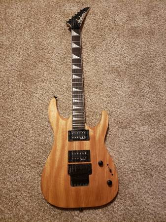 Photo Jackson JS32 Dinky DKA - $240 (Kewaunee)
