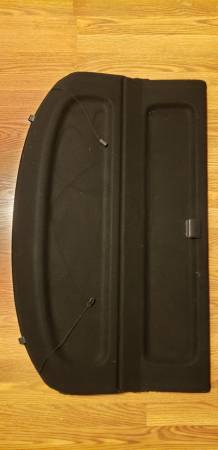 Photo Mazda 3 Cargo Cover - $55 (Green Bay)
