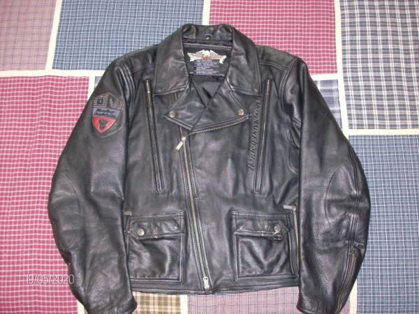 Photo Mens Harley Davidson Leather Jacket - $110