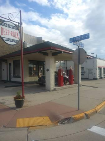 Photo Rare Vintage Canopy Gas Station - $68,900 (Algoma WI)