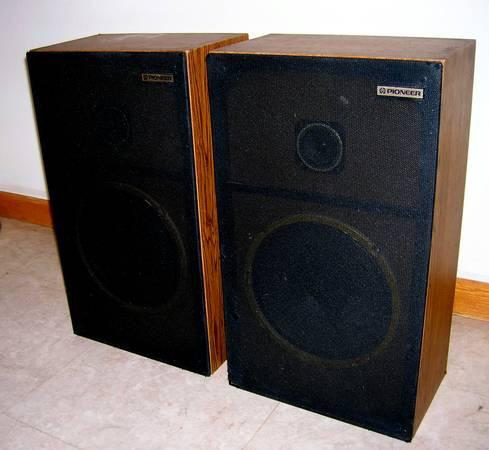 Photo Reduced Vintage Pioneer CS-G103 Stereo Speakers - $60 (Green Bay)