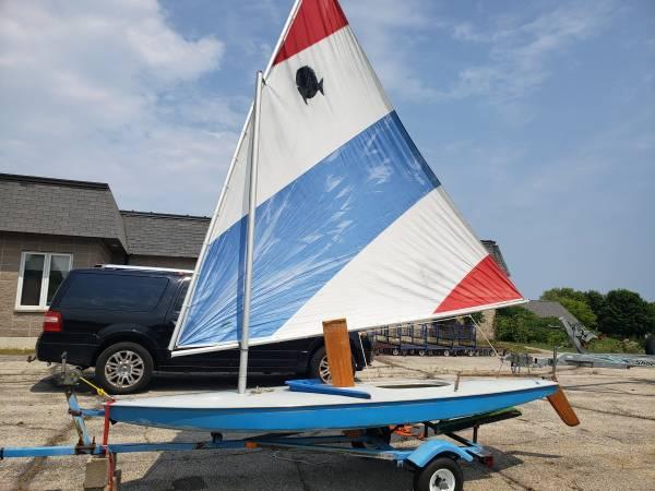 Photo Sunfish sailboat Sister Bay WI - $700 (Sister Bay)