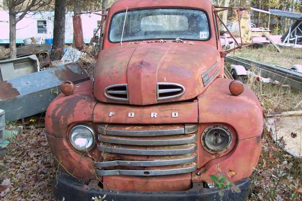 Photo 1950 Ford truck - $1800