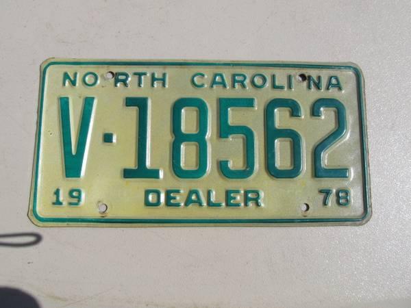 Photo 1978 NORTH CAROLINA DEALER TAG - $20 (GrahamBurlington)