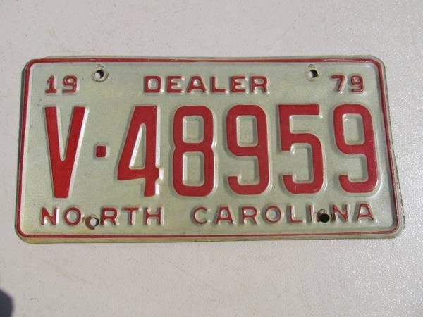 Photo 1979 NORTH CAROLINA DEALER LICENSE PLATE - $20 (GrahamBurlington)