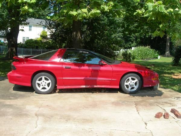Photo 1995 Pontiac Trans Am -- Red (Mebane, NC)