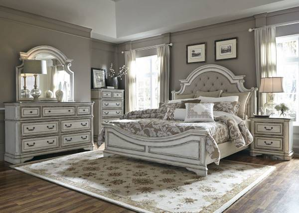 Photo Antique White Finish Complete King Bedroom Set - $2,500