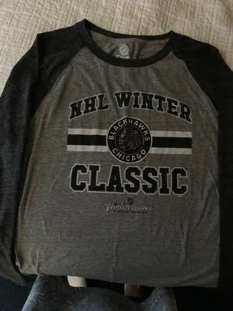 Photo Chicago Blackhawks Winter Classic Shirt - $20