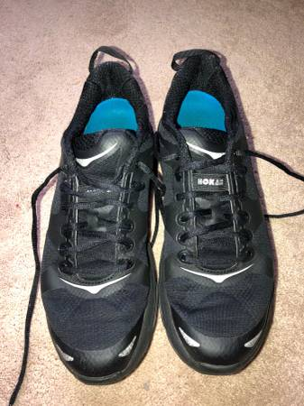 Photo Hoka One One Valor Mens Running shoes black size 11 - $30 (Greensboro)