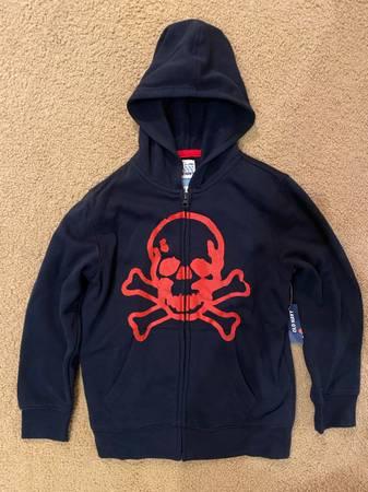 Photo New Old Navy Boys Jacket Hoodie - $10 (Jamestown)