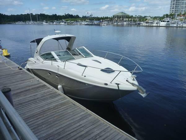 Photo SEA RAY SUNDANCER 290  Fresh Water Boat  - $42,000