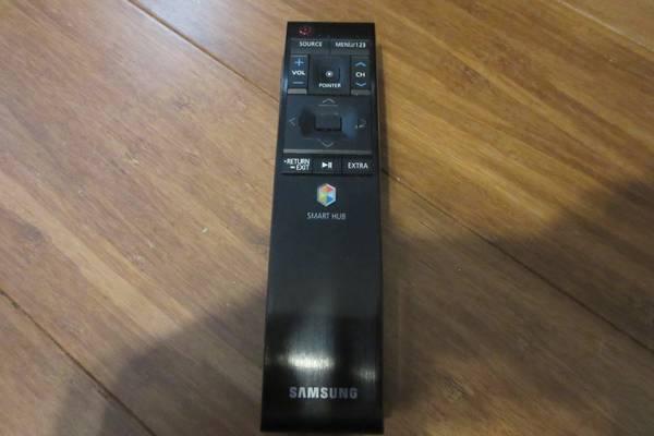 Photo Samsung HDTV Remote - $15 (High Point)