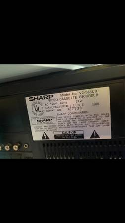 Photo Sharp vhs  player - $60 (Alamance)