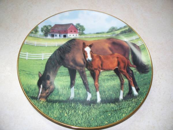 Photo The Danbury Mint Horse Wall  Stand Plate - $10