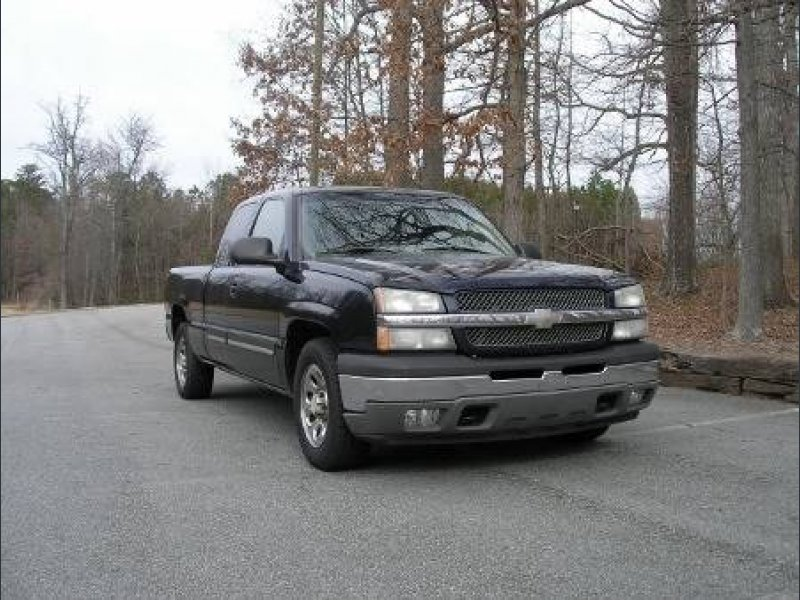Photo Used 2005 Chevrolet Silverado 1500 2WD Extended Cab LS for sale