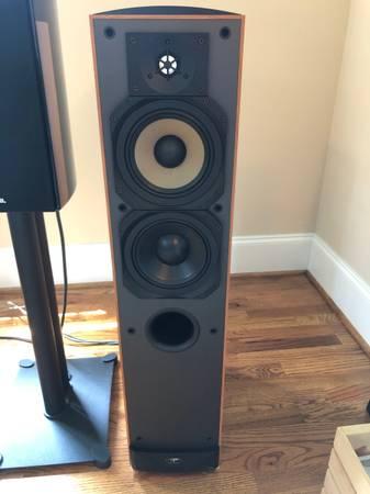 Photo Paradigm Reference Studio 60 v.2 Floorstanding Speakers MINT - $500 (GREENSBORO NC)