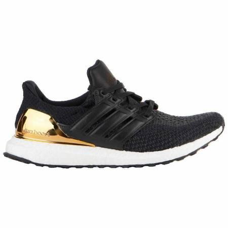 Photo adidas Ultra Boost BlackKurz Gold Foil Medal Pack 10.5 Men39s - $210 (N. Greensboro)