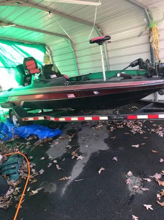 Photo 1995 Astro 17-12 BASS BOAT  trailer - $3,800 (Walhalla SC)