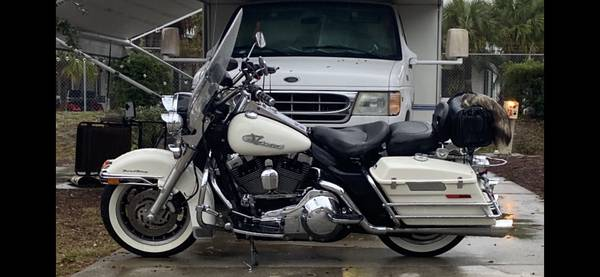 Photo 2004 Road King - $6,700 (Westminster)