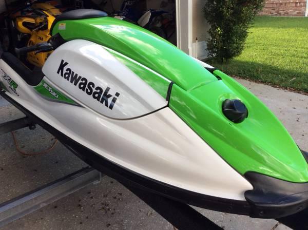 Photo 2007 Kawasaki Sxr 800 Stand up Jet Ski - Like New - Stock - $6000 (South)