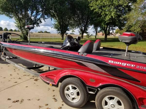 Photo 2009 Ranger Bass Boat 208 VX - $30,000 (Inman SC)