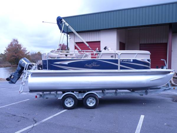 Photo 2010 Sylvan 20 ft Pontoon Boat, 50 hp Evinrude, Trailer - $12,500 (Greenville)
