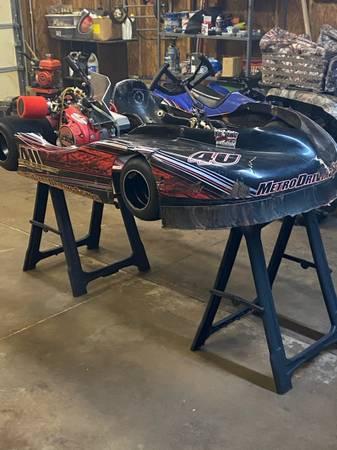 Photo 2011 racing go kart - $1900 (Pickens)
