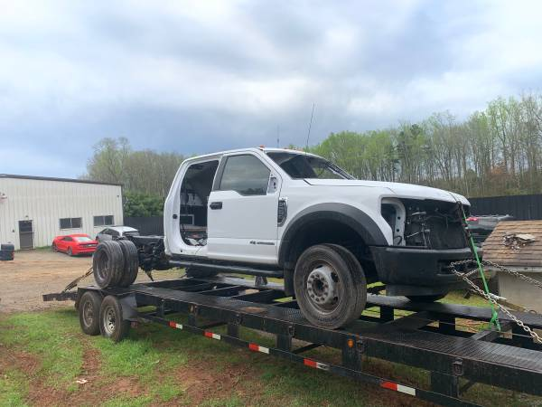 Photo 2018 Ford F550 Super Duty Powerstroke Diesel Parting out (Spartanburg SC)